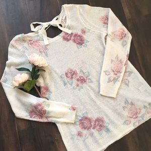 LC floral sweater